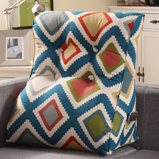 triangular-cushions-b-06